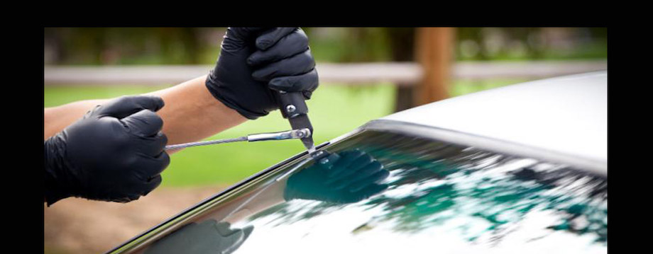 Windshield Replacement in Glendale today